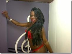 17hot ebony babe